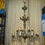 lampadario dopo il restauro