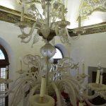 restauro lampadario antico in vetro di Murano