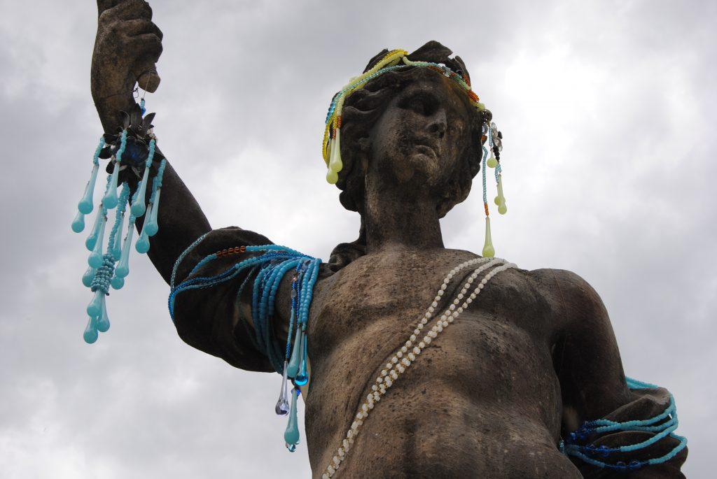 Decorare le Statue   Dado